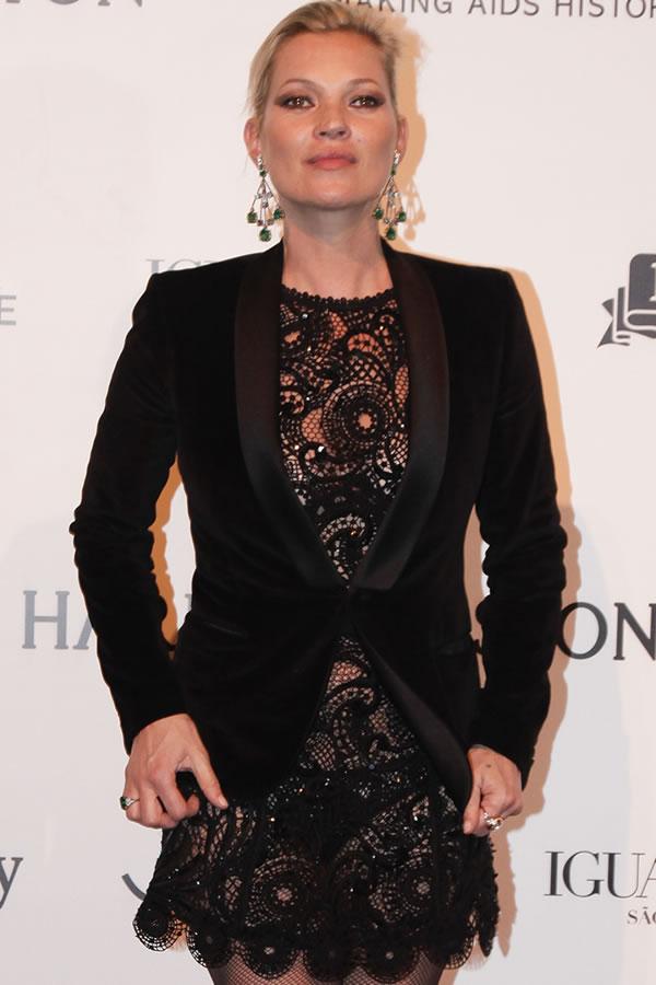 Kate Moss vestido rendado preto - Getty Images